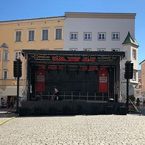 Referenz-Bühne-Stadtsparkasse